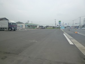 road_and_pavement_Convenience_store1